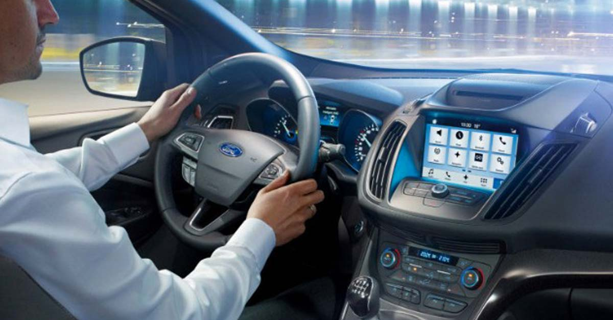 kuga_ford_sync_touch.jpg